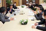 「消費税5%に引き下げよ」 全商連・太田会長が麻生財務相に要請