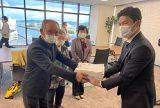 国保税1万円引き下げを 広島県・三原民商など三原市国保制度をよくする会が市長に署名提出
